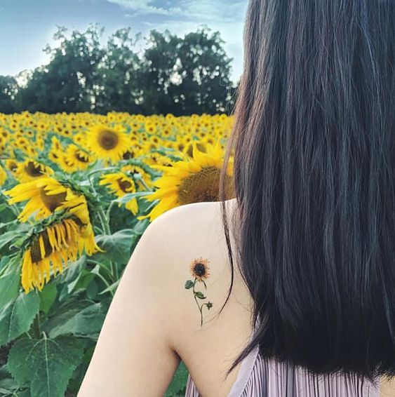 hình xăm hoa hướng dương